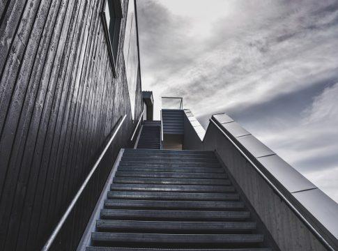 Как сохранить работу и не быть уволенным