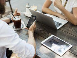 Что удерживате сотрудников на рабочем месе: хорошие отношения с менеджером