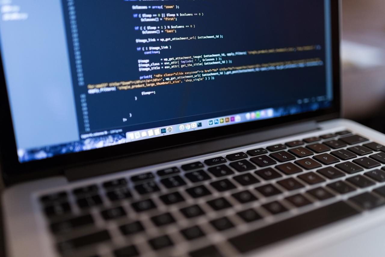 Почему программисты меняют работу