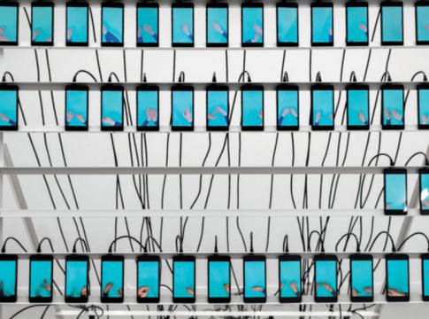 Сколько интернет-трафика генерируют боты