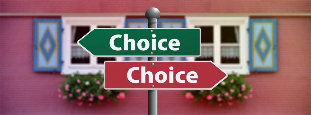 Нужно уметь обсуждать позитивные и негативные стороны своих решений