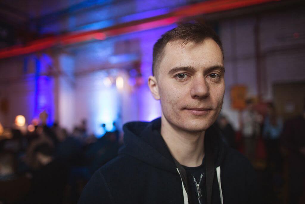 Инженер Денис Ярец