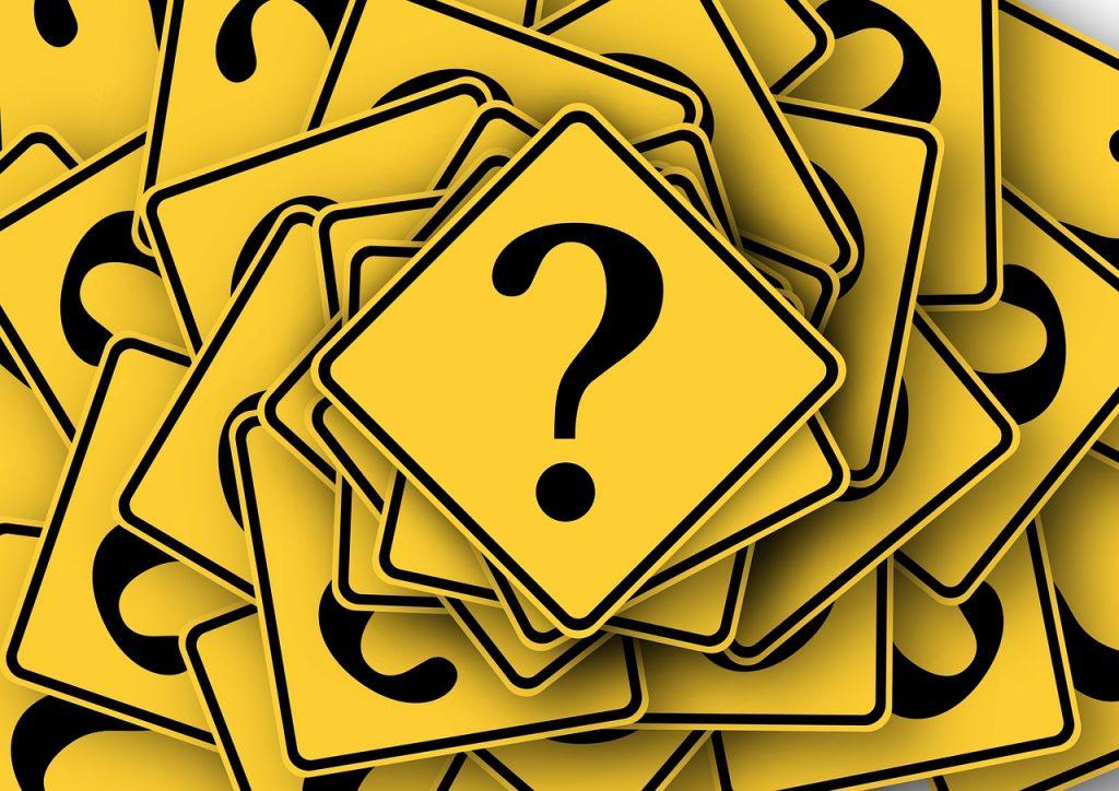 На первой программистской работе следует научиться задавать вопросы