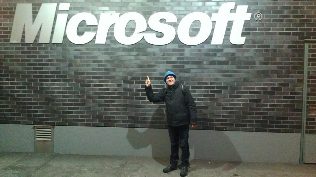 Каждый год Microsoft получает 2 млн резюме