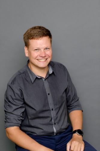 Роман Оголихин прошел путь от электроосветителя филармонии до руководителя отдела .NET  в компании SoftTeco.