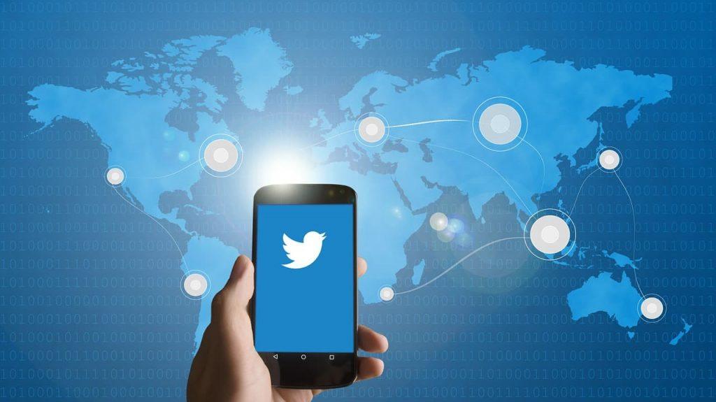 Сообщество в твиттере может быть полезным для самообучения