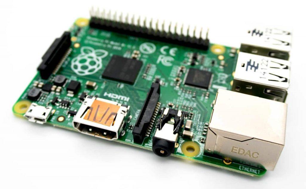 Микрокомпьютер Raspberry Pi