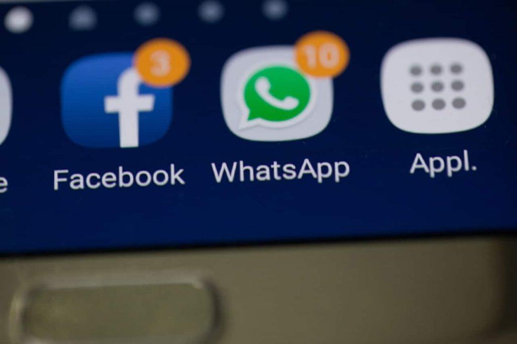 Социальные сети сильно отвлекают от работы